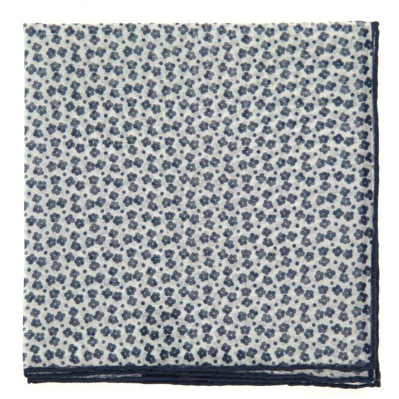 Pochette blanche à fleurs bleues en coton et cachemire The Nines