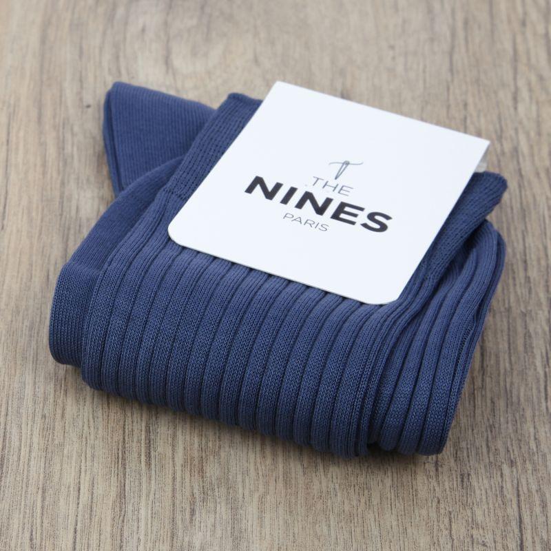 c1a21b25f5a5 Chaussettes fil d Écosse bleu foncé - The Nines