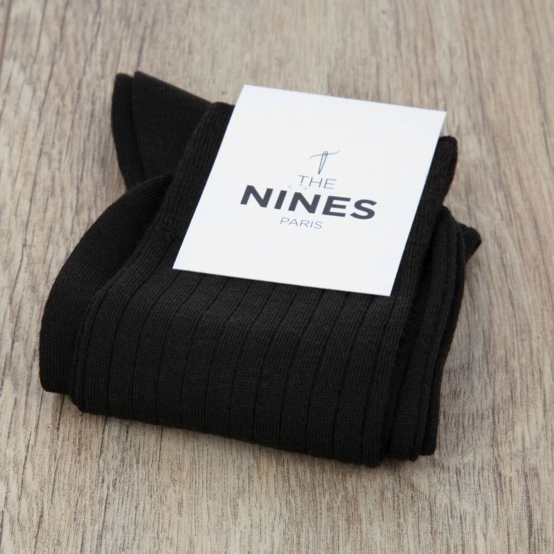 dc8f195b05ba Chaussettes laine vierge noire  Chaussettes laine vierge noire