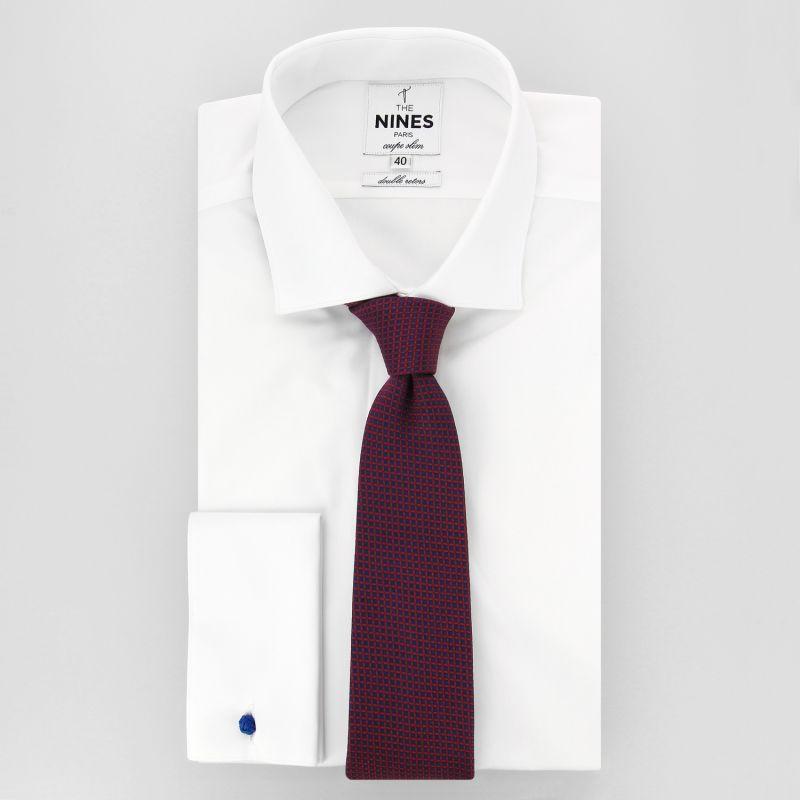 7255d085b3771 ... Cravate bleu marine à carrés rouges en soie ...