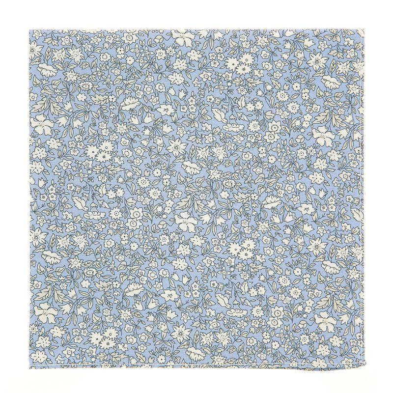 Pochette De Costume Liberty bleu ciel à fleurs