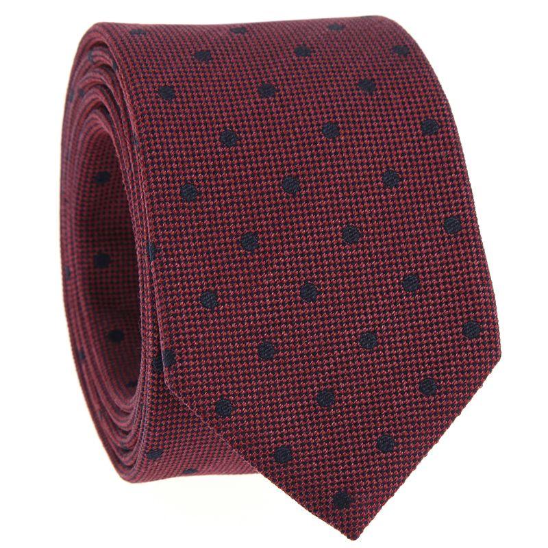 Cravate bordeaux à pois bleu marine en soie jaspée