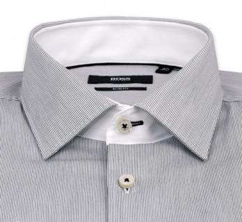 Chemise Hugo Boss blanche à fines rayures noires col italien poignets simples slim fit