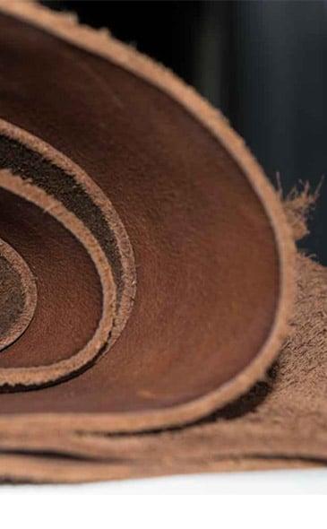 Rouleaux de cuir