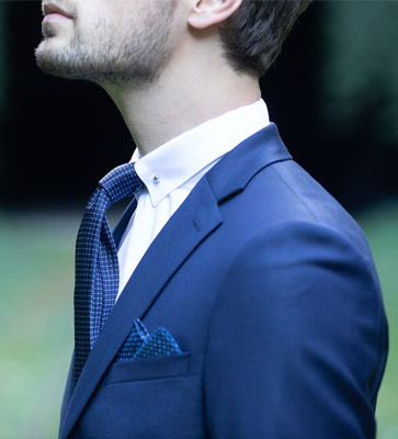 pin-collar-shirt